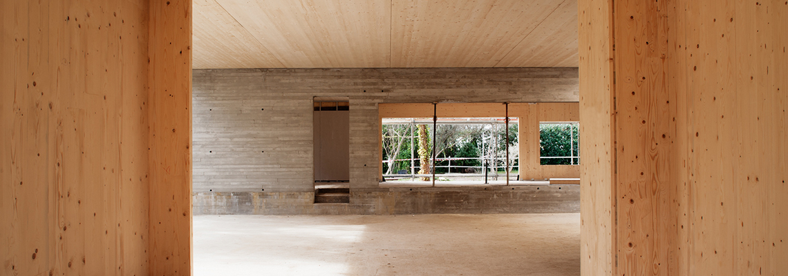 Single Family House CH - 1-2 Family Dwellings - Madrid, Spain